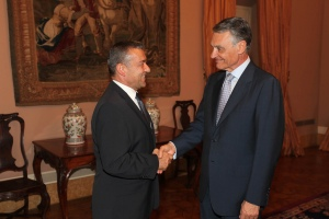 Saludando a Cavaco Silva