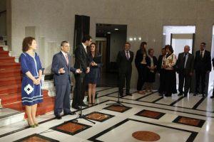 Con la delegación de la OCDE