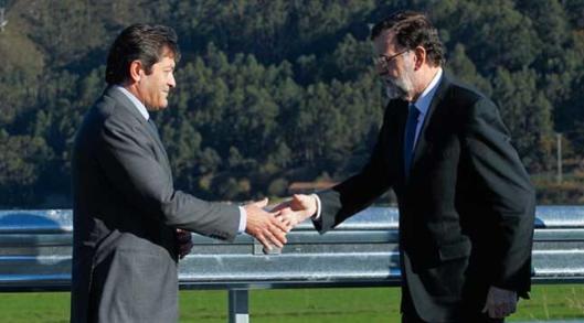Buena sintonía entre Rajoy y el presidente de la Gestora de los socialistas Javier Fernández